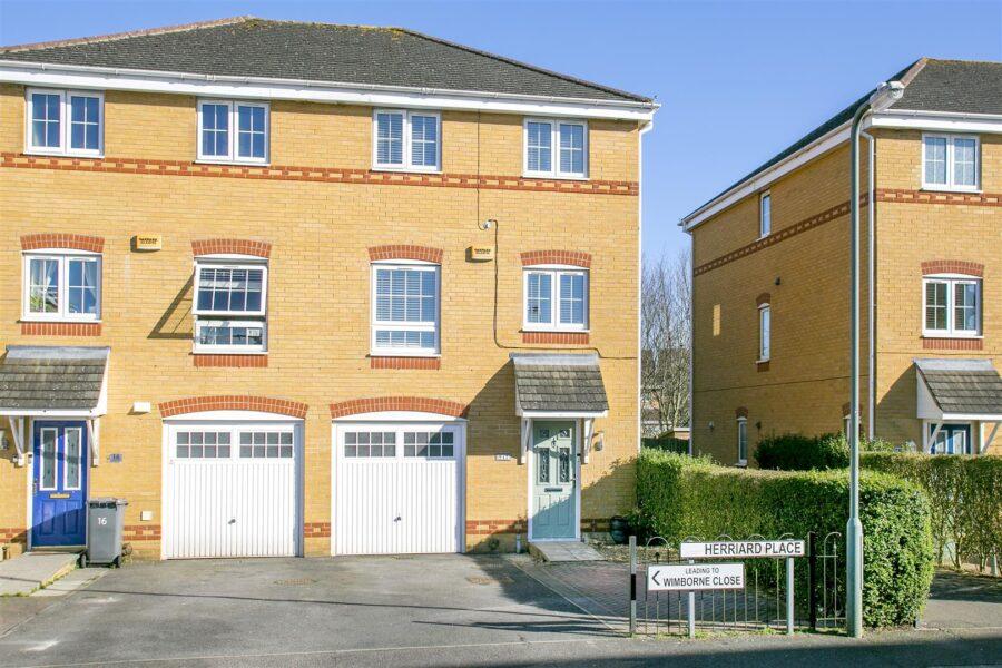 Herriard Place, Beggarwood, Basingstoke
